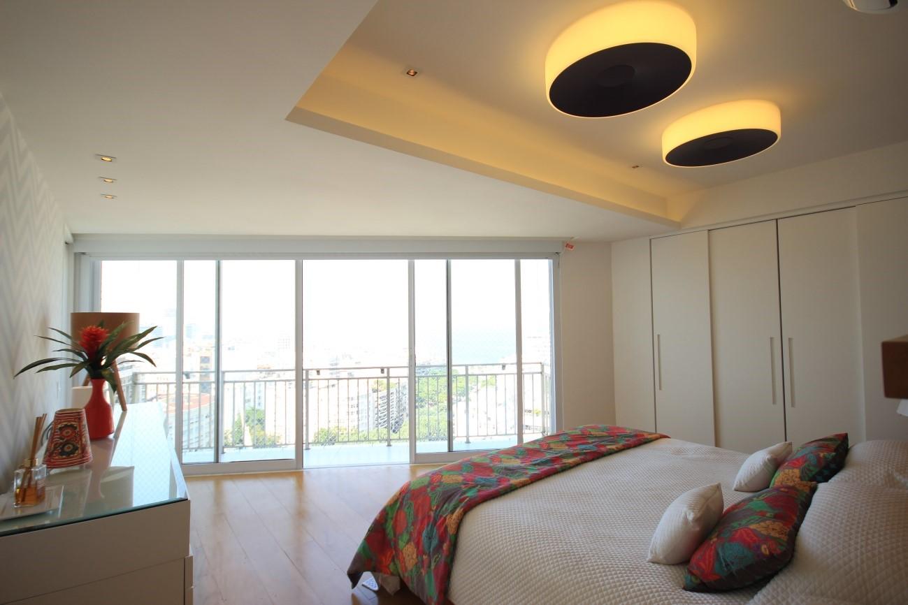 Iluminação para quarto de casal bem planejada do apartamento no Leblon – RJ